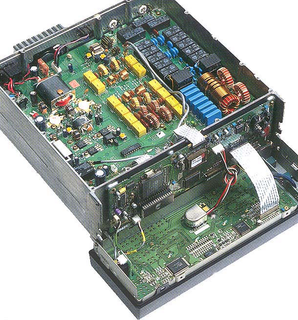 можно обнаружить, что на процессоре телеграфного ключа отсутствует конденсатор развязки по питанию процессора...